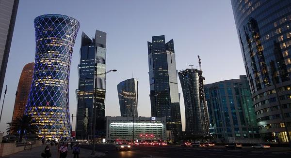 Qatar banking activity seen picking up despite flat growth in November