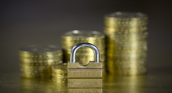 مكاسب قطاع البنوك والخدمات المالية 1.26٪ ا