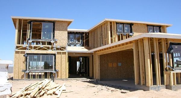 U.S. construction spending hits 4-1/2 year-high