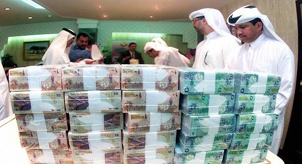 الفائض المالي في قطر عند 3.9٪ من الناتج المحلي الإجمالي في 2013-14