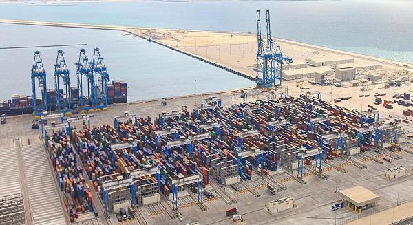 """كيزاد"" ترفع استثماراتها إلى50 مشروعاً صناعياً بـ 50 مليار درهم"