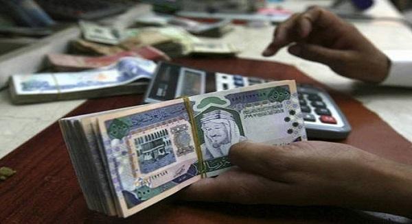 فقيه لـ«الرياض»: تكليف جهة مستقلة دراسة إيجاد آلية لوضع حد أدنى للأجور