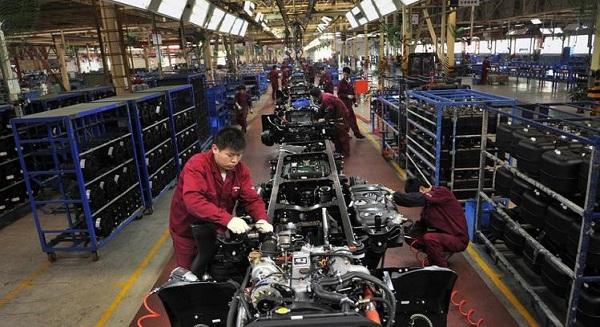 الصين تسرع كما تتعثر منطقة اليورو