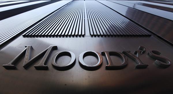 «موديز» تبقي على نظرتها المستقبلية المستقرة للنظام المصرفي الكويتي