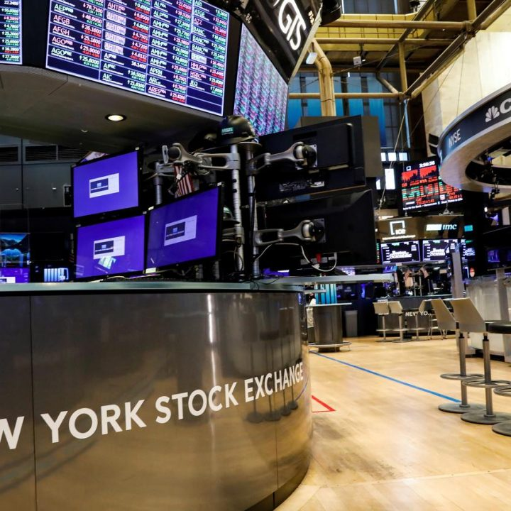 U.S. stock futures rise 2% to 3,012 points