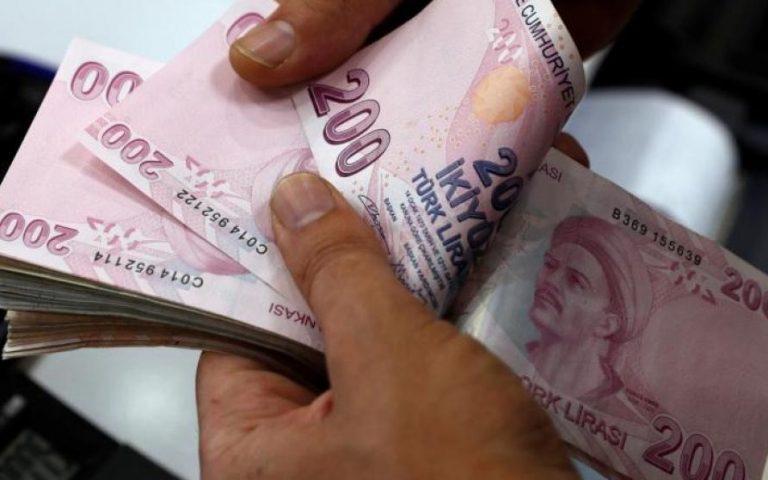 تركيا تجري محادثات بشأن المبادلة والتجارة بالعملات المحلية مع عدة دول